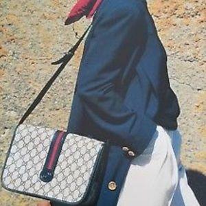 Vintage Gucci Shelly Line Flap Handbag